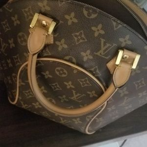 Louis Vuitton Ellipses Handbag